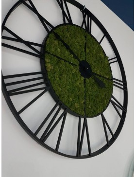 Cast iron clock with moss